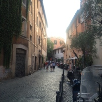 Trastevere, the neighborhood I find myself in everyday. Narrow streets, vespas, and cobblestone alleys. Straight out of a storybook and I'm obsessed with every little bit.